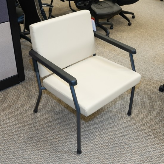 """[Closeout] OFD 26"""" Bariatric Guest Chair (400 Pound Limit) CHH1999AOF"""