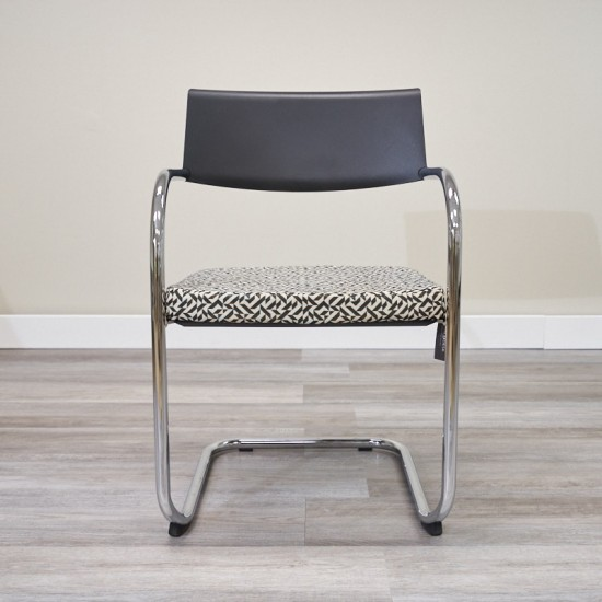 Used Knoll Moment Guest Chair (Gray with Black & White Pattern) CHS1640-002