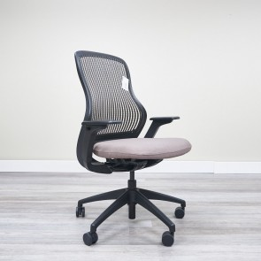 Used Knoll Generations Task Chair (Beige & Black) CHT1697-007